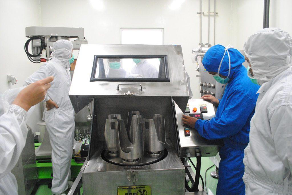 mesin pembuat partikel nano