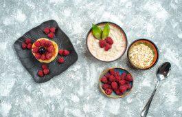 oatmeal dan strawberry